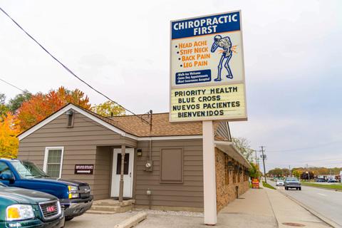 iM ChiropracticFirst4 10-23-15 1280